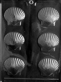 CYBRTRAYD Chocolate Candy Mold - 3D SHELLS