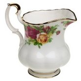 ROYAL ALBERT Old Country Roses Creamer