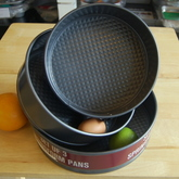 WILTON Non-Stick Springform Round Pan - Set of 3